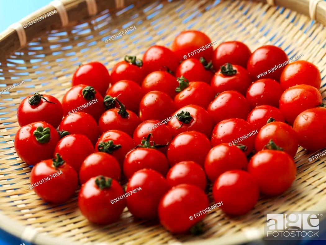 Stock Photo: plant, cherry tomato, fruit, plants, basket.