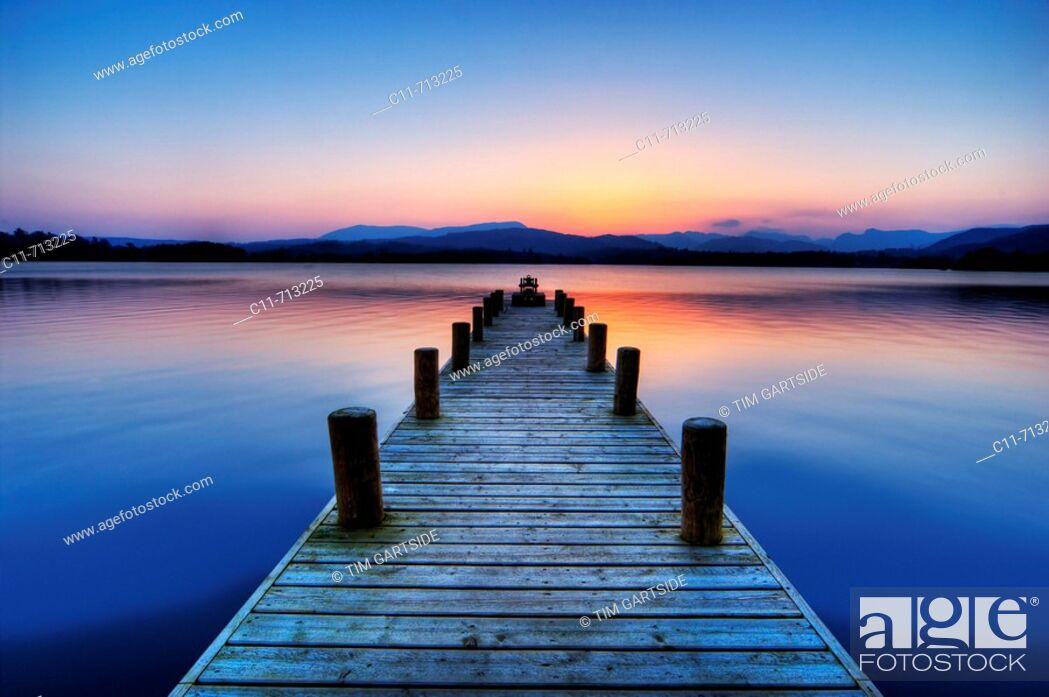 Imagen: boat jetty sunset lake windermere lake district cumbria england uk europe.
