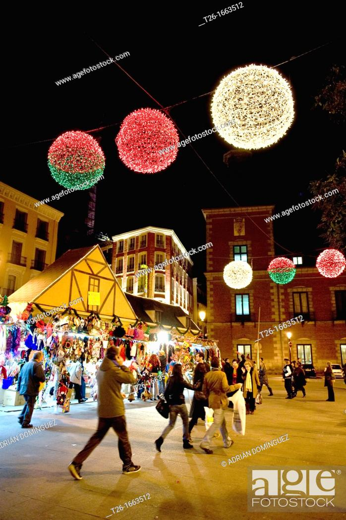 Stock Photo: Christmas lights in centrum city of Madrid, Spain.