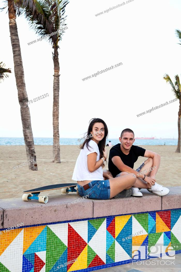 Stock Photo: Young couple on Praia do Iracema promenade, Fortaleza, Brazil.