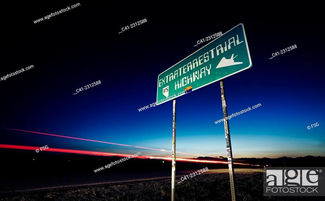 Imagen: Highway 375. (Extraterrestrial Highway) Near Area 51, NV.