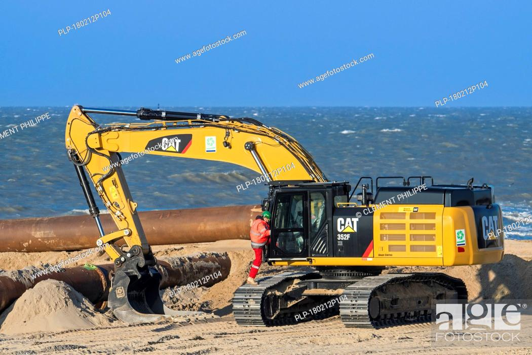 Caterpillar 352F XE, hydraulic excavator used by Dredging