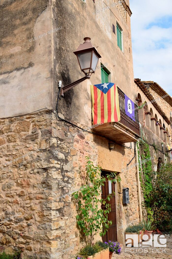 Imagen: Catalonia, Spain Sep 2017.Pertallada. On 1 October Catalans will go to the polls to vote in a referendum on whether to secede from Spain and form an independent.