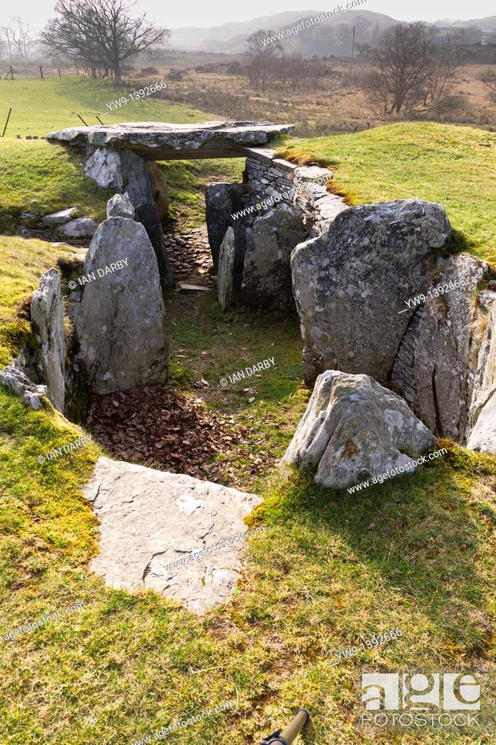 Stock Photo: Capel Garmon burial chamber, UK.
