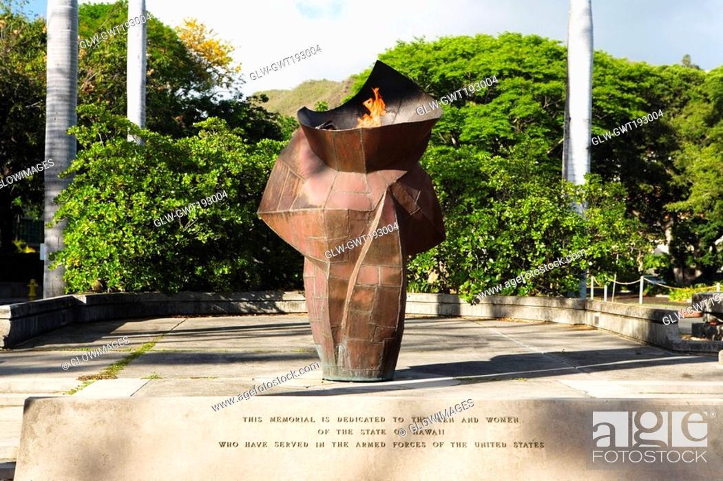 Stock Photo: War memorial in a park, Honolulu, Oahu, Hawaii Islands, USA.