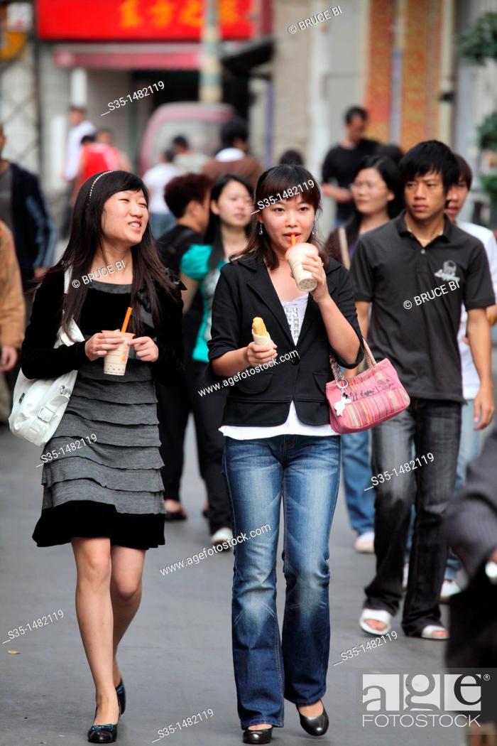 Kunming girls