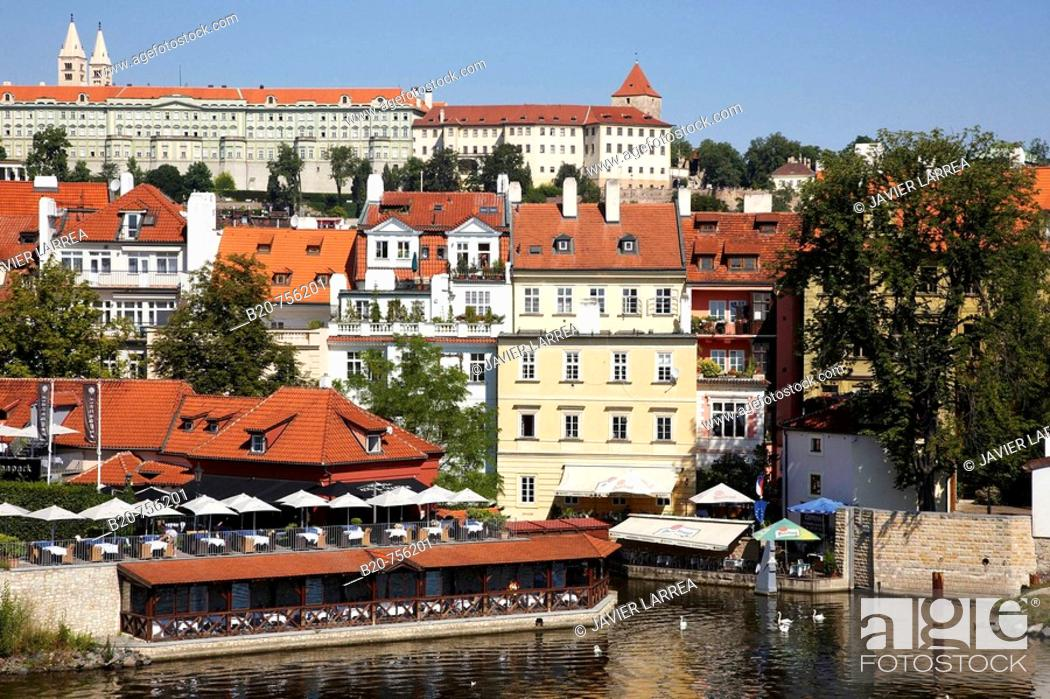 Stock Photo: Vltava river with Prague Castle in background, Prague, Czech Republic.