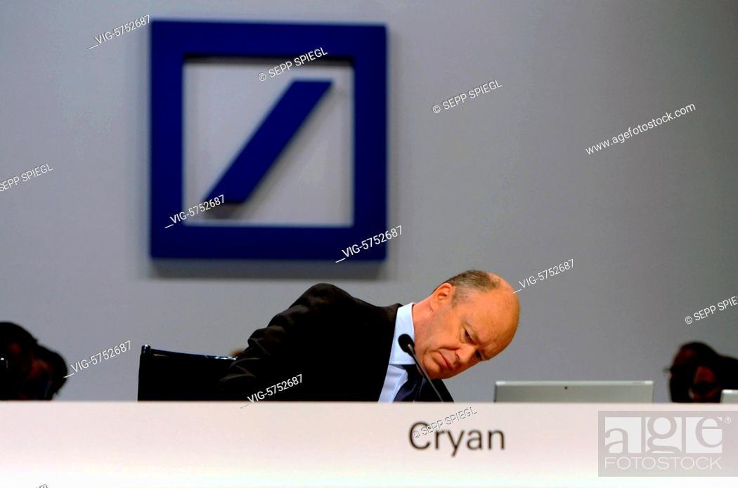 Stock Photo: Germany, Frankfurt, 18.05.2017 Vorstandsvorsitzenden John CRYAN waehrend der Hauptversammlung der Deutsche Bank AG - Frankfurt, , Germany, 18/05/2017.