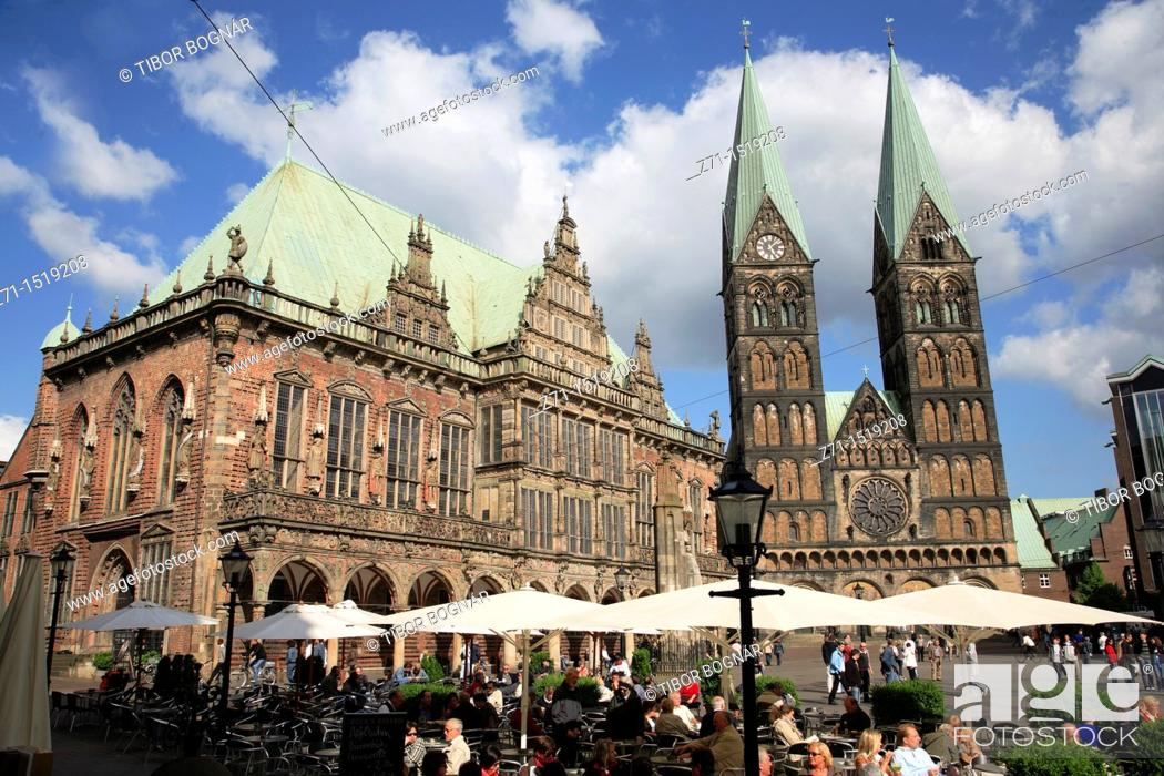 Stock Photo: Town Hall and Cathedral in Markt square, Bremen, Germany.