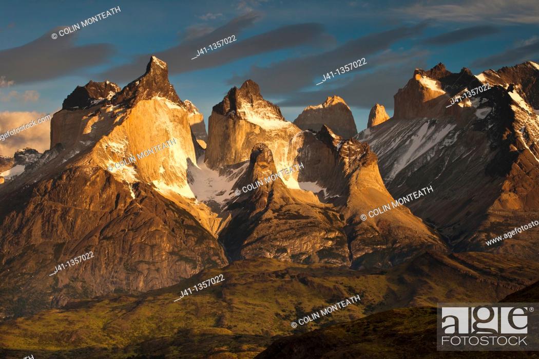 Stock Photo: Cuernos del Paine at dawn, above Lago Pehoe, Parque Nacional Torres del Paine, Patagonia, Chile.