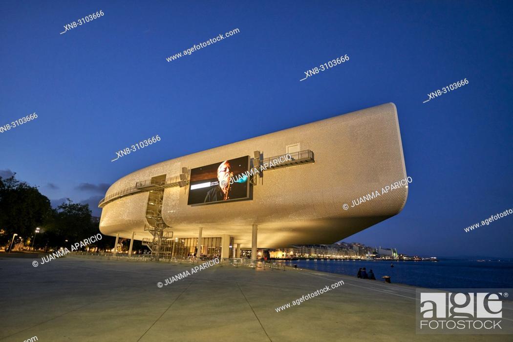 Imagen: Botin Center Museum Art and Culture. Botin Foundation, architect Renzo Piano. Santander, Cantabrian Sea, Cantabria, Spain, Europe.