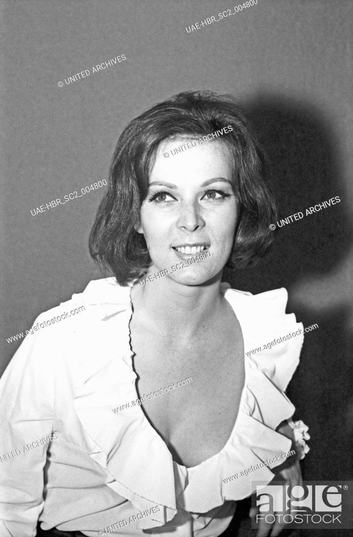 Imagen: Die deutsche Sängerin und Schauspielerin Friedel Frank, Deutschland 1960er Jahre. German singer and actress Friedel Frank, Germany 1960s.