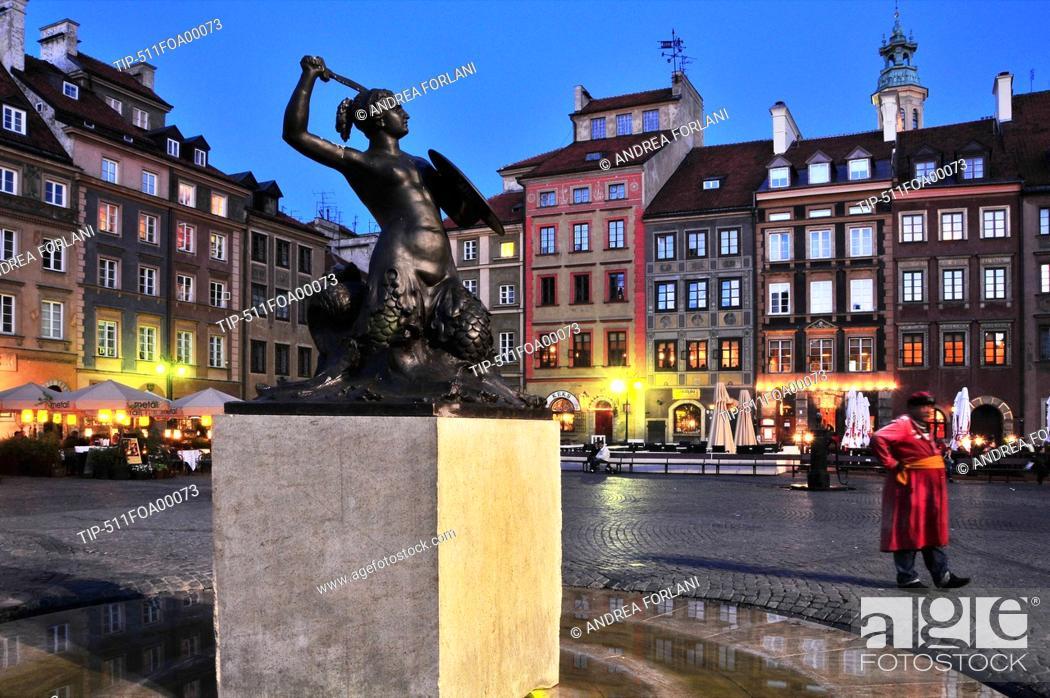 Stock Photo: Poland,Warsaw, Rynek starego miasta, Old Town Market Square.
