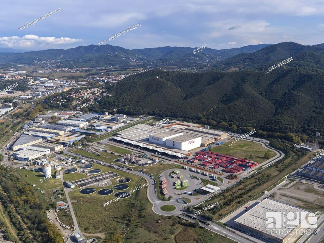 Imagen: Industrial area of Can Bosquerons. Mollet del Vallès. Barcelona, Spain.