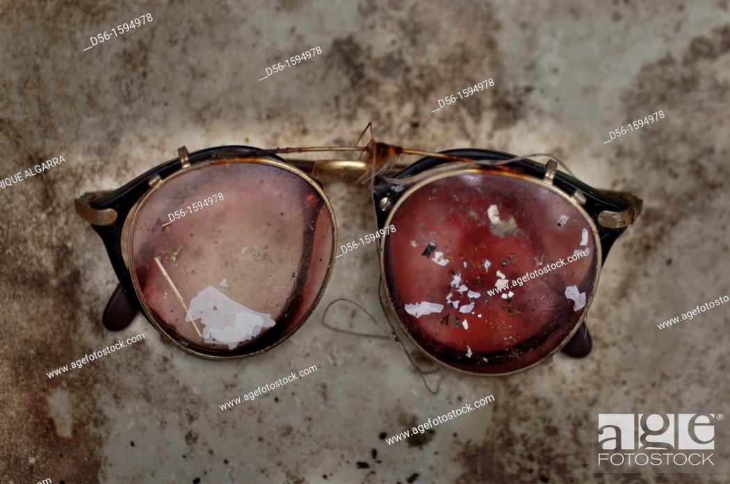 Stock Photo: broken glasses.