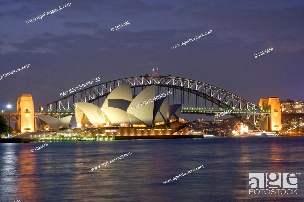 Stock Photo: Australia, Sydney, View of the harbor bridge and opera house.