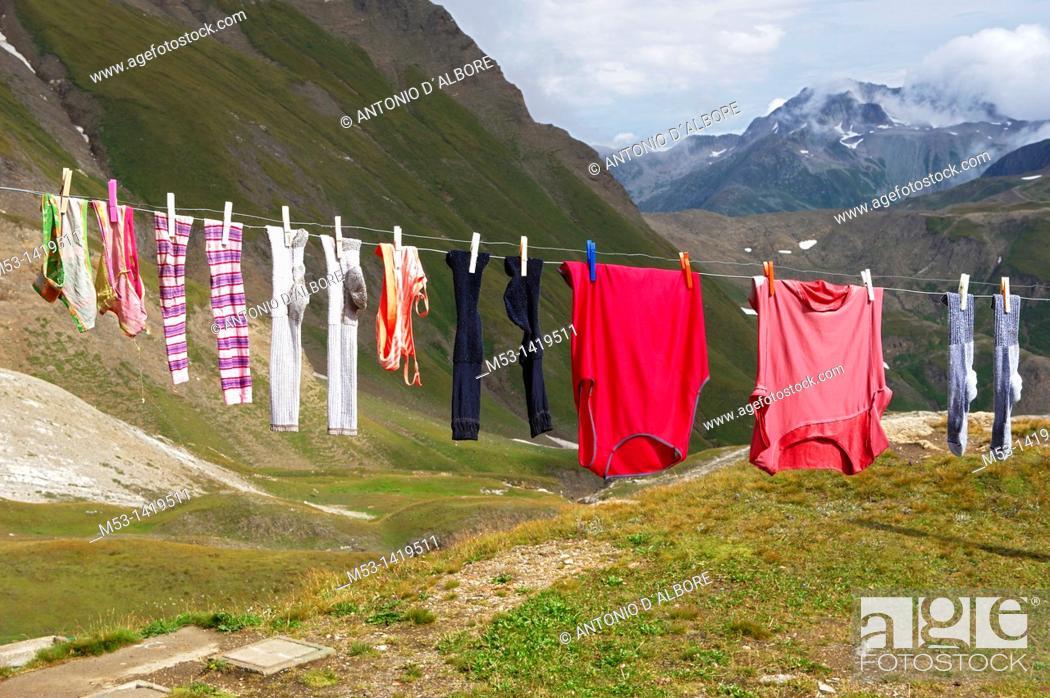 Stock Photo: Washing drying outdoors.