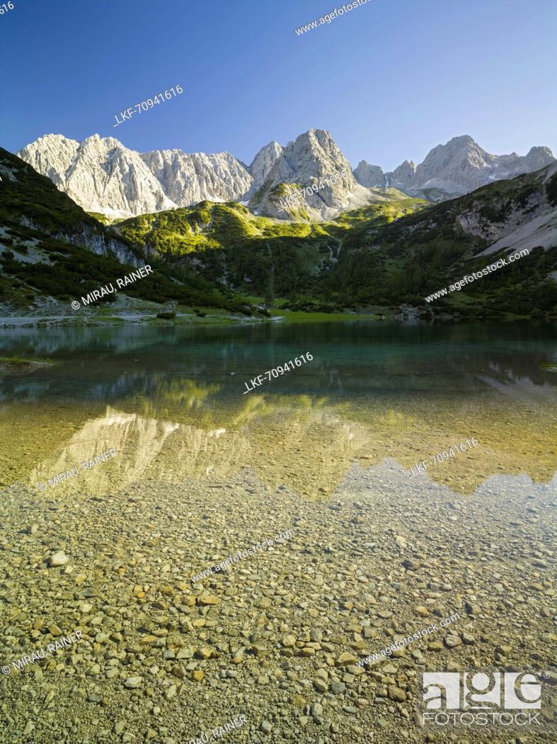 Stock Photo: Seebensee, Vorderer Drachenkopf, Mieminger Mountains, Tyrol, Austria.