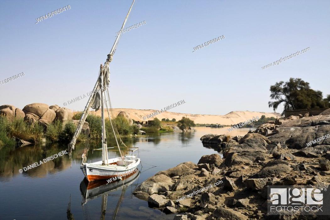 Imagen: Felucca on Nile River Cataract, Aswan, Egypt.