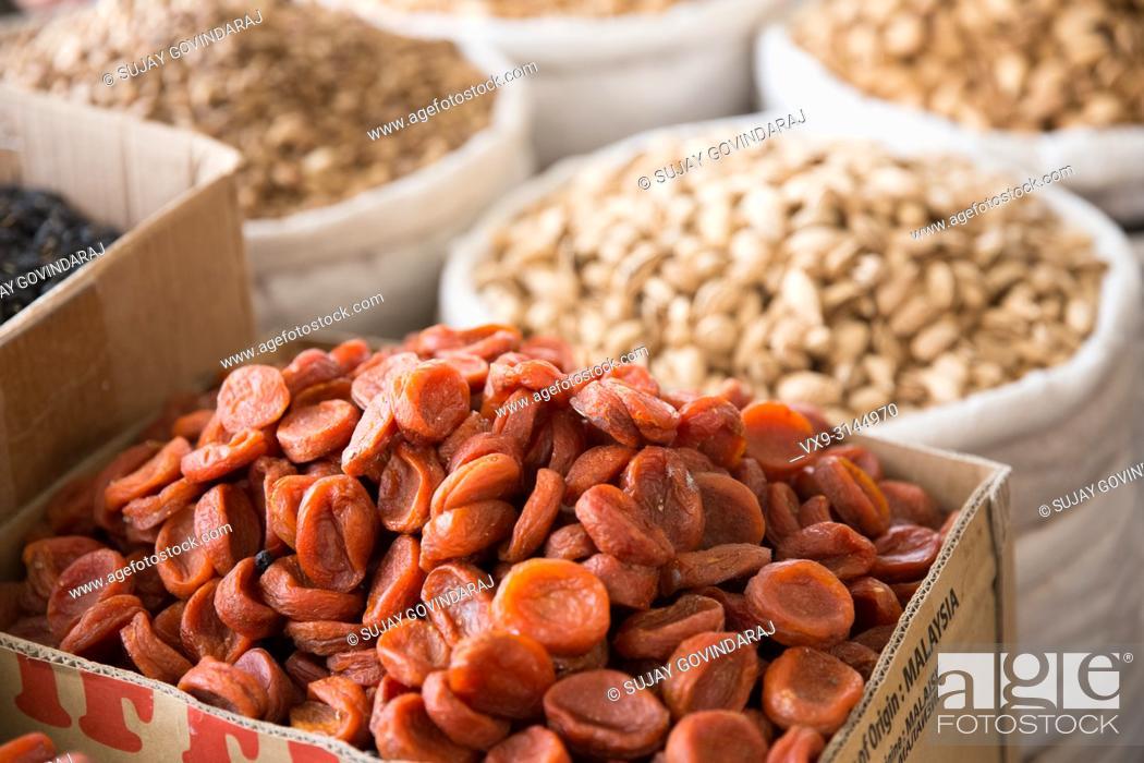 Photo de stock: Close-up shot of dried apricots.