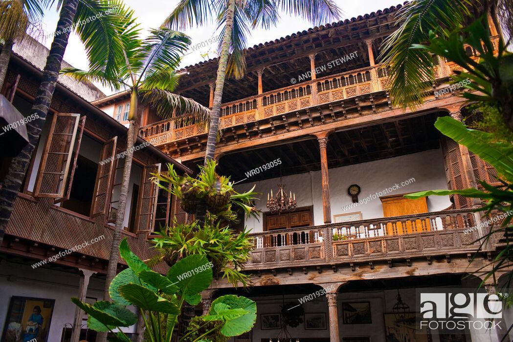 Imagen: Casa de los Balcones Santa Cruz, La Orotava world heritage site, Tenerife Island Canary Islands.