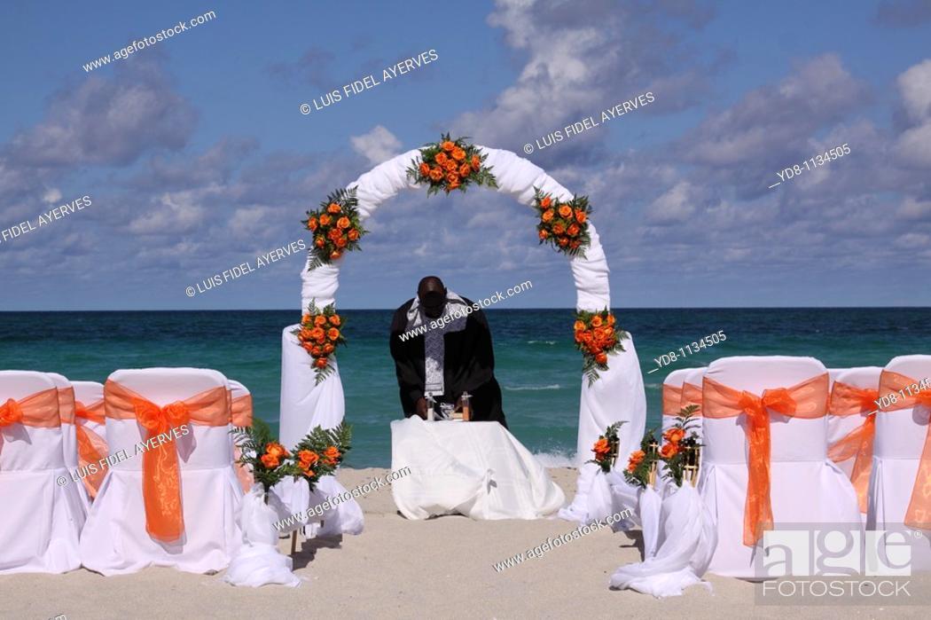 Wedding Chapel In Miami Beach Florida