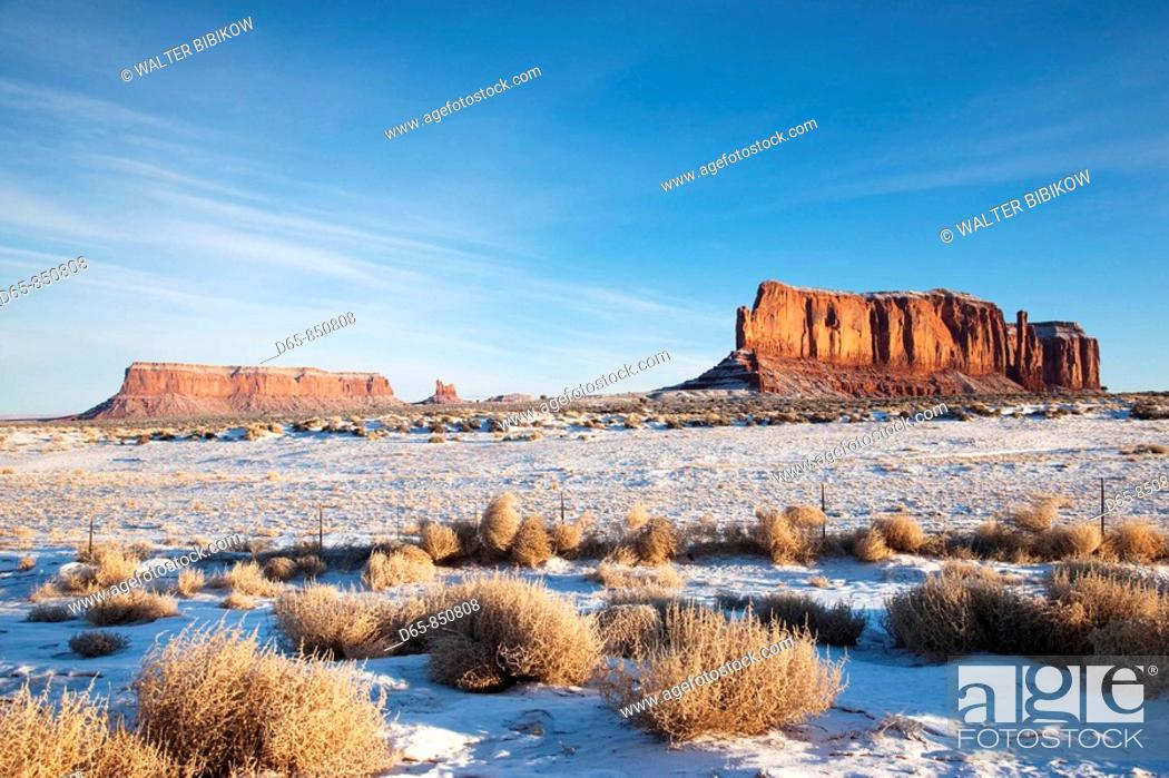 Stock Photo: Monument Valley in the snow in the morning, Monument Valley Navajo Tribal Park, Arizona, USA.