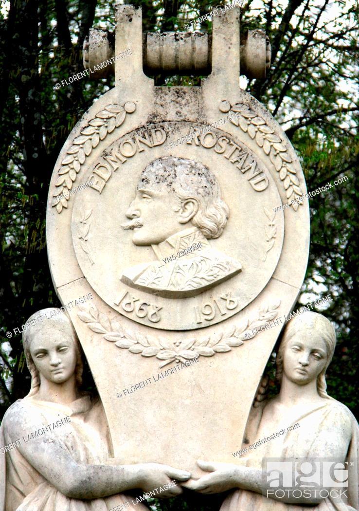 Stock Photo: Stèle Edmond Rostand, ecrivain, 64, Cambo les Bains, Nouvelle Aquitaine, stele.
