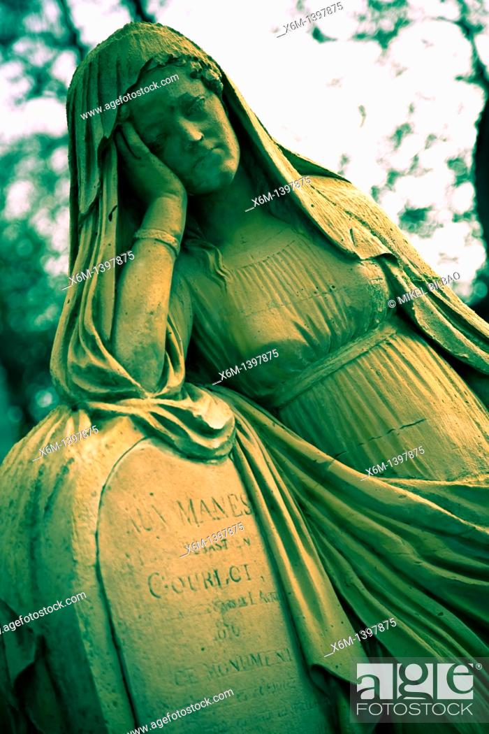 Stock Photo: sculpture in Pere Lachaise Cemetery  Paris, France, Europe.