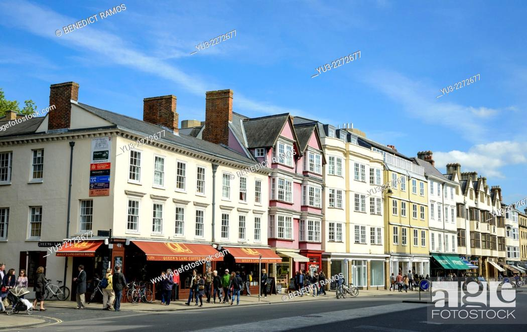 Stock Photo: View of Oxford High Street, England, UK.