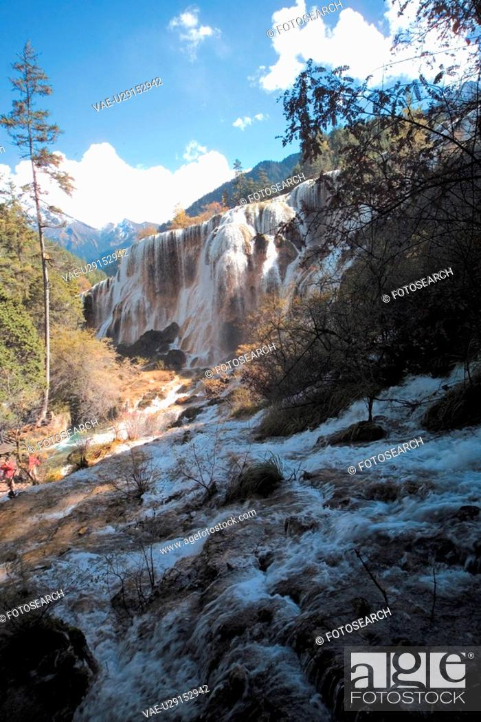 Stock Photo: valley, scenery, rocks, mountain, landscape, sky, nature.
