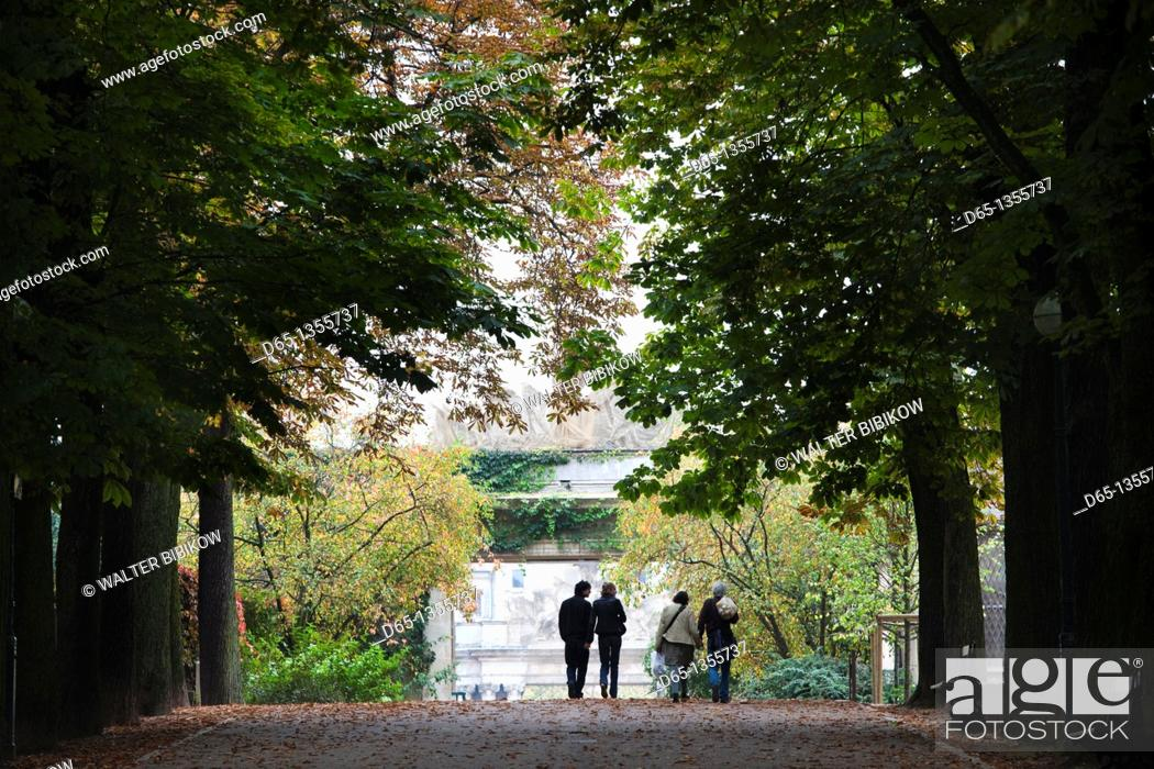 Stock Photo: France, Meurthe-et-Moselle, Lorraine Region, Nancy, Parc de la Pepiniere, autumn.