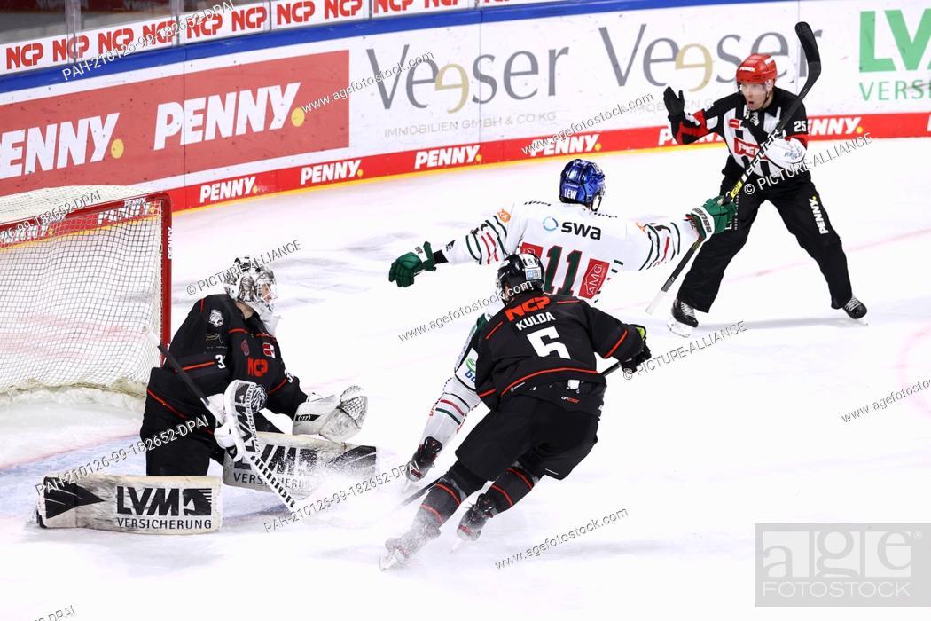 Imagen: 26 January 2021, Bavaria, Nuremberg: Ice hockey: DEL, Nürnberg Ice Tigers - Augsburg Panthers, Main Round, Matchday 12, at the Nürnberger Versicherung Arena.