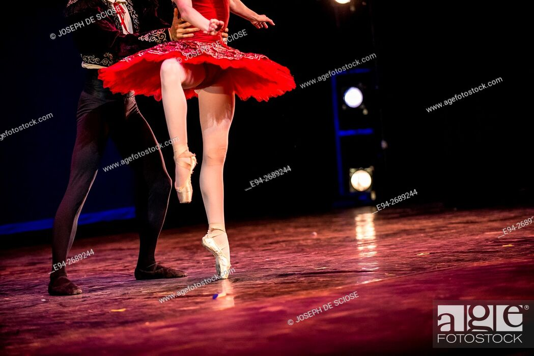 Stock Photo: Legs of a male and female ballet dancers during a dance performance.