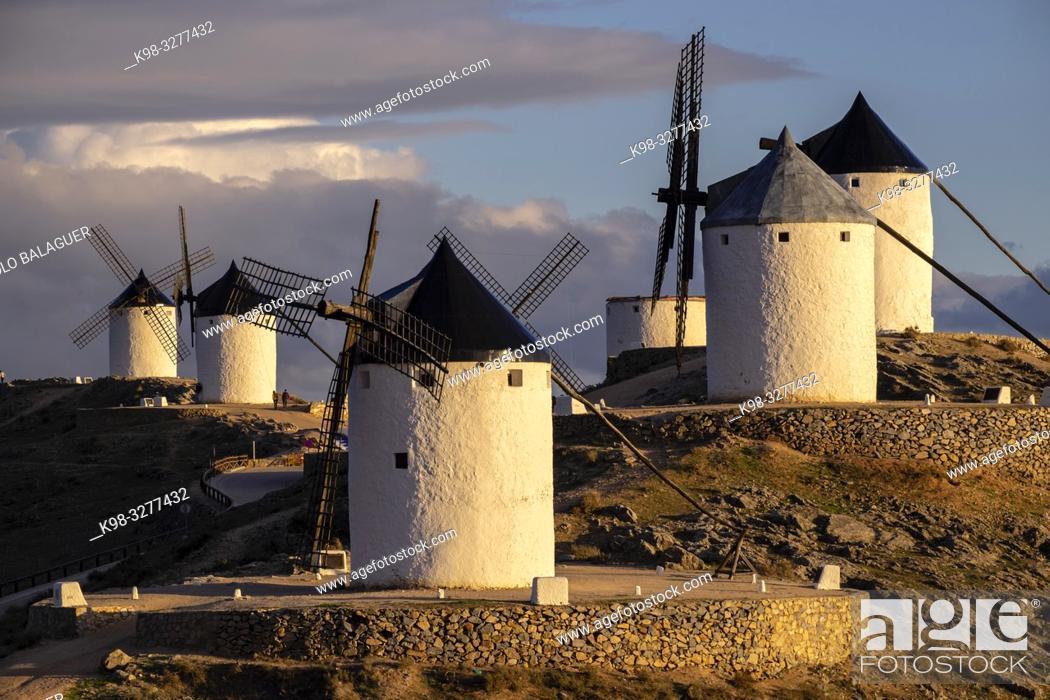 Stock Photo: molinos de Consuegra, cerro Calderico, Consuegra, provincia de Toledo, Castilla-La Mancha, Spain.