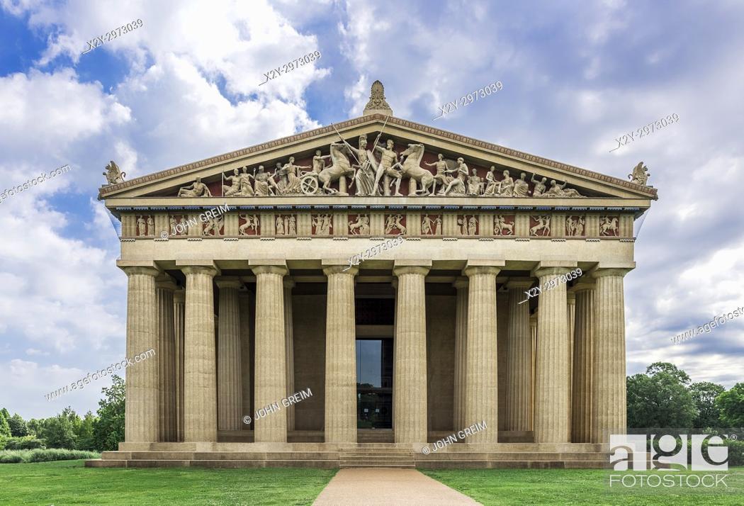 Stock Photo: The Parthenon is the centerpiece of Centennial Park, Nashville, Tennessee, USA.