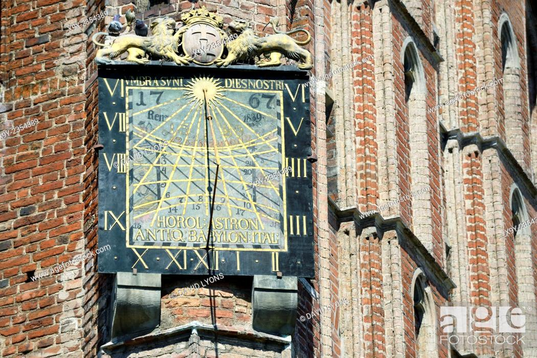 Stock Photo: Gdansk Poland. Sun dial by Anton Glazier dating from 1589 on south wall of The Main Town Hall in the heart of the Old Town.