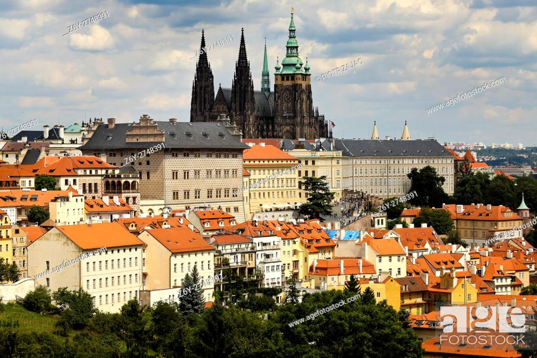Stock Photo: St.Vitus Cathedral and Castle of Prague, Czech Republic.