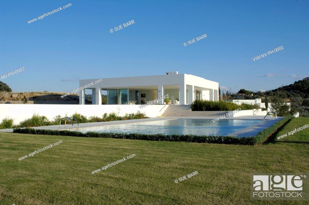 Stock Photo: PRIVATE HOUSE, KILADA, GREECE, Architect NIKOS VALSAMAKIS.