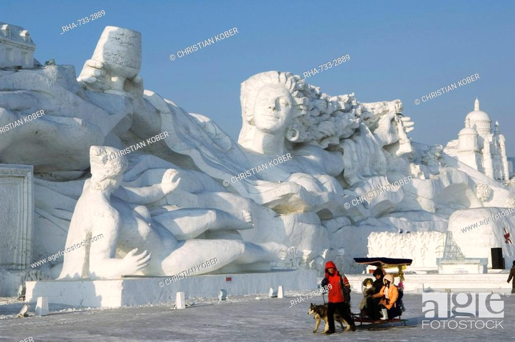 Stock Photo: A sled ride at the Snow and Ice Sculpture Festival at Sun Island Park, Harbin, Heilongjiang Province, Northeast China, China, Asia.