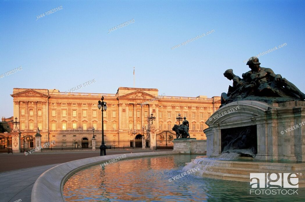 Imagen: UK, United Kingdom, Great Britain, Europe, Britain, England, Europe, London, Buckingham Palace, Royalty, Monarchy, Moo.