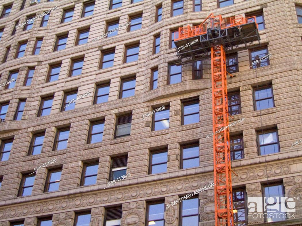 Stock Photo: Flatiron Building refurbishment, New York City.