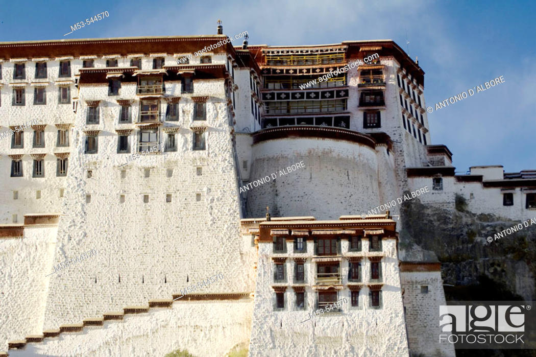 Stock Photo: the potala palace. lhasa. lhasa prefecture. tibet. china. asia.
