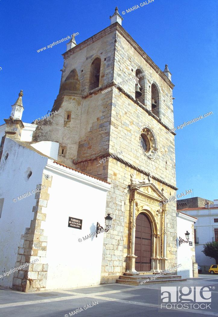 Imagen: Facade of Santa Maria Magdalena church. Olivenza, Badajoz province, Extremadura, Spain.