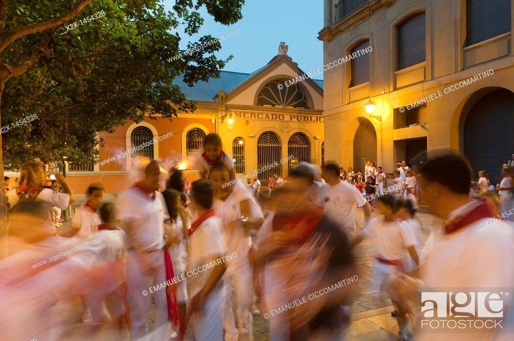 Stock Photo: 'El Toro de Fuego' Firework Bull Run, San Fermín street-partying, Santiago Square, Pamplona, Navarra Navarre, Spain, Europe.