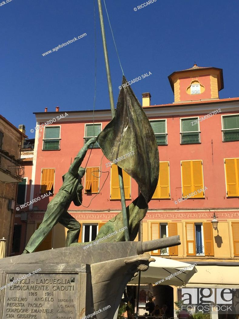 Stock Photo: Italy, Liguria, Laigueglia, Monument. . .