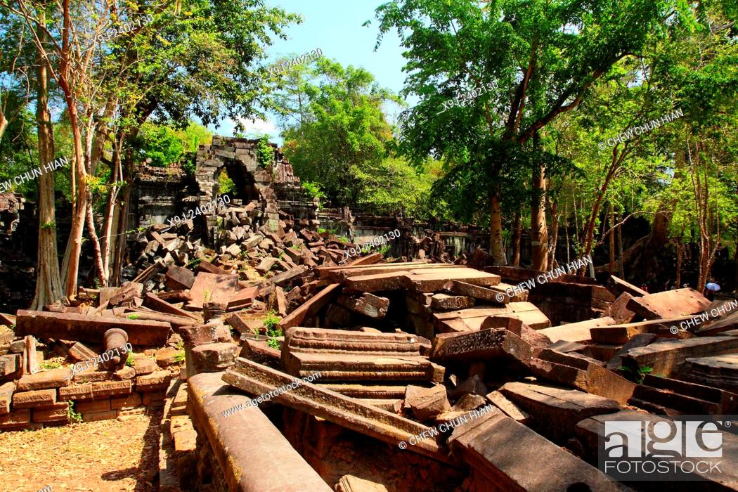 Stock Photo: Ruins around Angkor Wat, Siem Reap, Cambodia, asia.