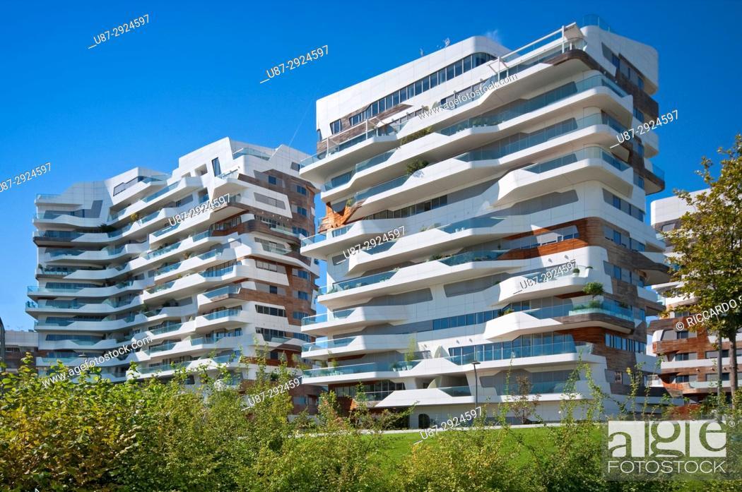 Imagen: Italy, Lombardy, Milan, CityLife, Zaha Hadid Residences. . .
