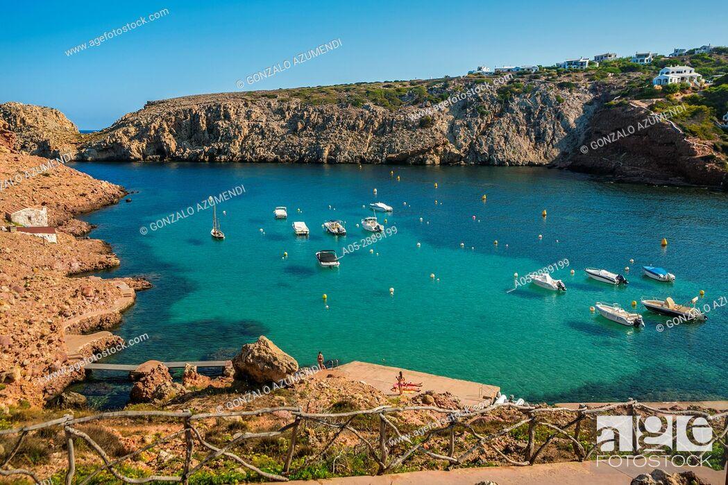 Imagen: Cala Morell Bay. Ciutadella de Menorca Municipality. Minorca. Balearic Islands. Spain.