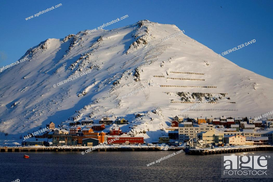 Stock Photo: Europe, Scandinavia, Norway, Hurtigruten, sea cruise, MS, Polarlys, cruise, ship journey, cold, mailboat, packet ship, Honningsvag, winter, snow, landscape.
